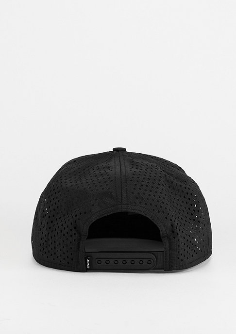 NIKE Performance Trucker black/black/white
