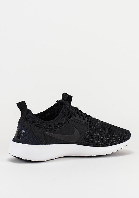 NIKE Laufschuh Juvenate black/black/white