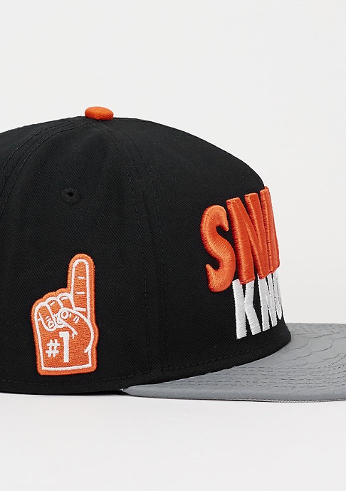 Cayler & Sons Snapback-Cap Snipes Knows black/cool grey snake/orange