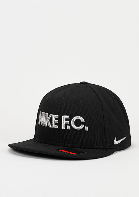 NIKE Snapback-Cap F.C. True black/white/black