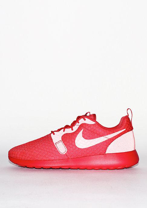 NIKE Retroenrunner Roshe One Hyperfuse university red/university red