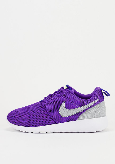 NIKE Laufschuh Roshe One (GS) hyper grape/wolf grey/deep night