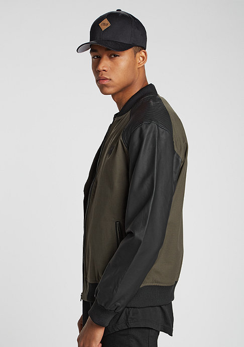 Urban Classics Jacke Leathersleeve Bomber olive/black