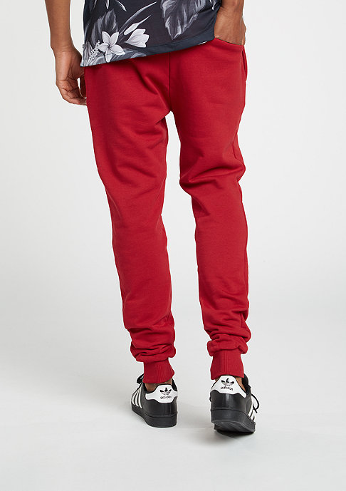 Criminal Damage Trainingshose Jogger Slim red/black