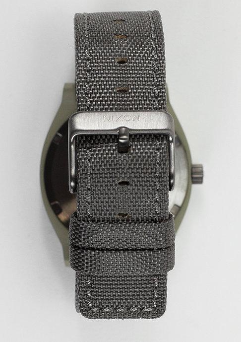 Nixon Time Teller sage/gunmetal