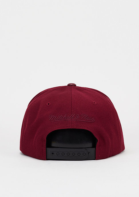 Mitchell & Ness Snapback-Cap Base burgundy