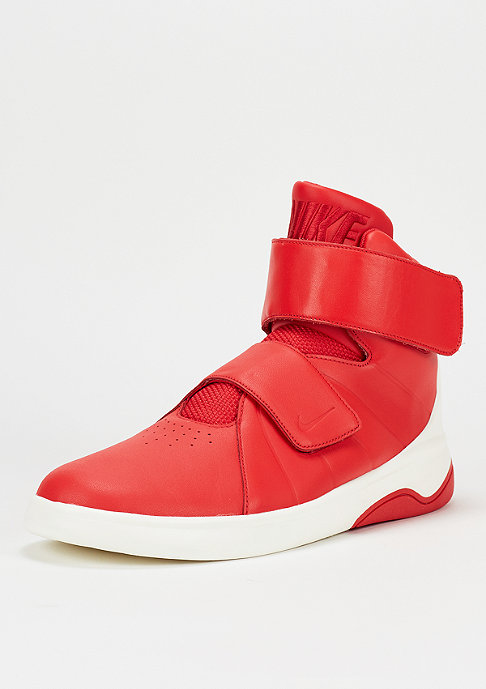NIKE Marxman university red/sail/black