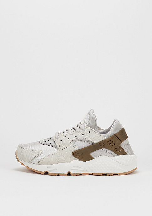NIKE Air Huarache Run PRM Suede gamma grey/gum yellow/gold