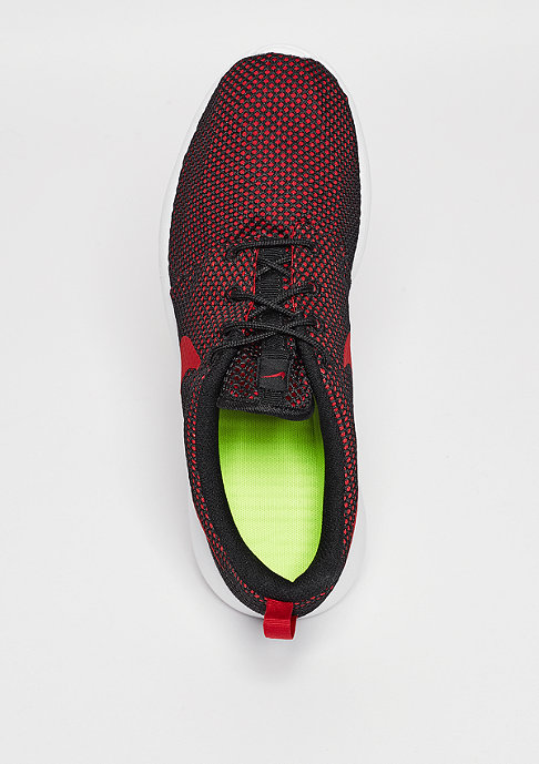 NIKE Laufschuh Roshe One gym red/gym red/black