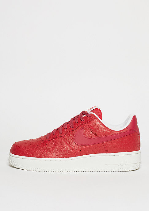 NIKE Schuh Air Force 1 07 LV8 action red/action red/summit white
