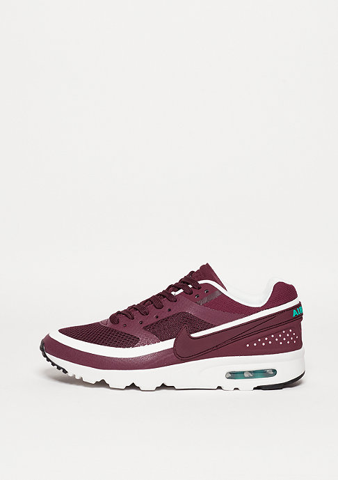 NIKE Schuh Air Max BW Ultra night maroon/night maroon/summit white