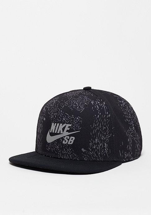 NIKE SB Snapback-Cap Swarm Perf black/reflective silver