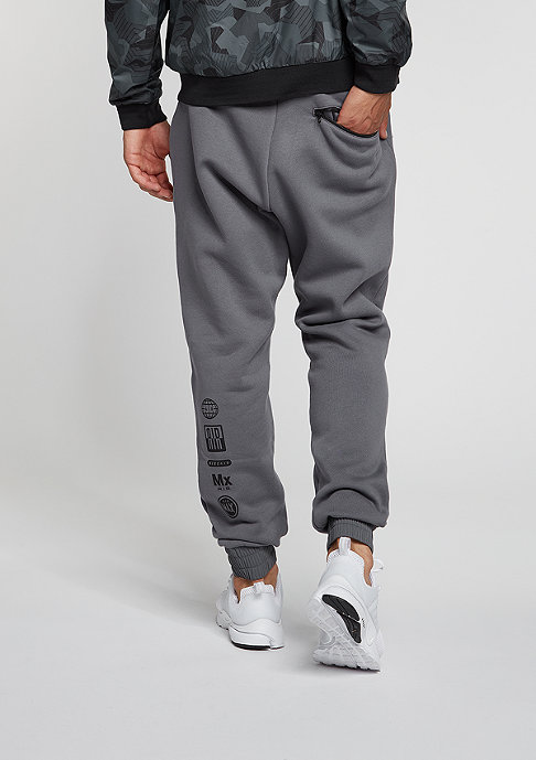 NIKE Trainingshose Jogger dark grey/dark grey/black