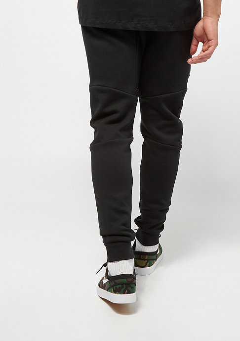 NIKE Trainingshose Sportswear Tech Fleece Jogger black/black/black