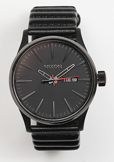 Nixon Sentry Leather Star Wars Kylo black