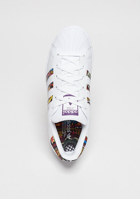 adidas Laufschuh Superstar white/white/mid grape