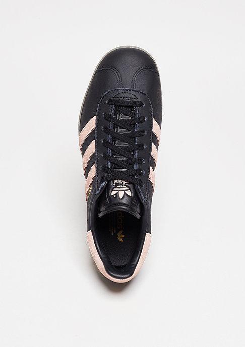 adidas Laufschuh Gazelle core black/vapour pink/gum