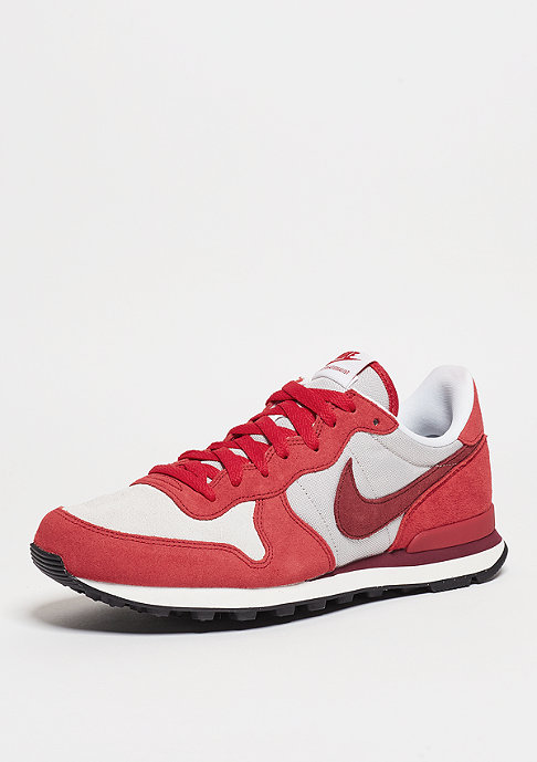 NIKE Internationalist PRM university red/team red/white