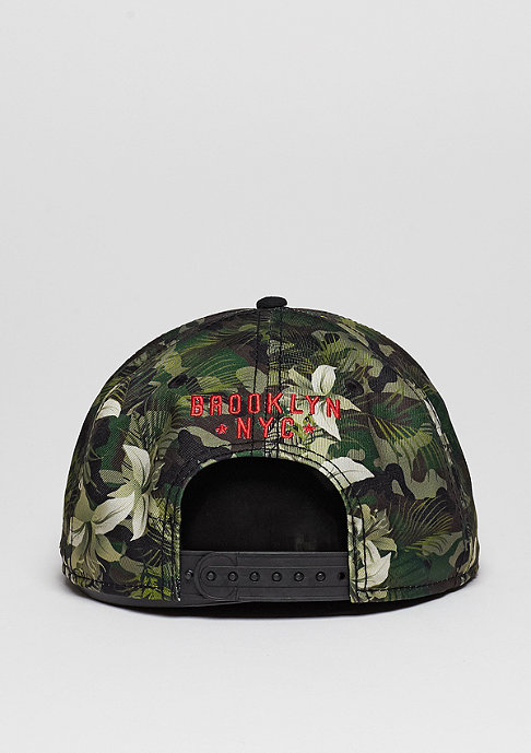 Cayler & Sons Snapback-Cap WL Briangle camo flowers/black/red