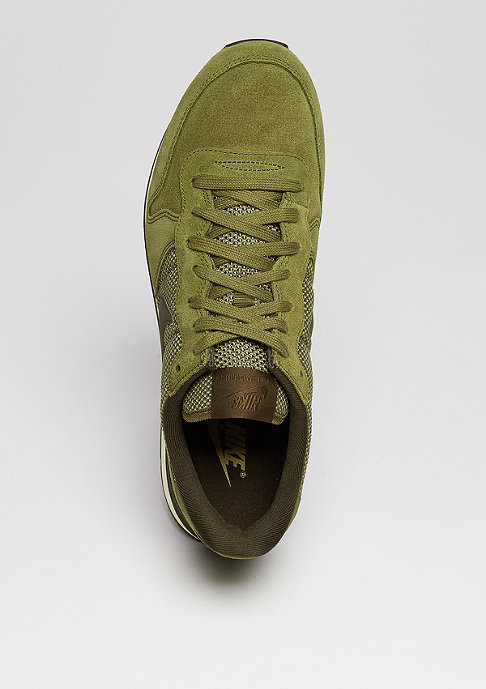 NIKE Laufschuh Internationalist PRM olive flak/dark loden