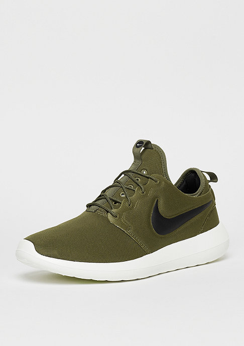 NIKE Roshe Two iguana/black/sail