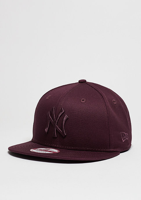 New Era League Essential MLB New York Yankees maroon