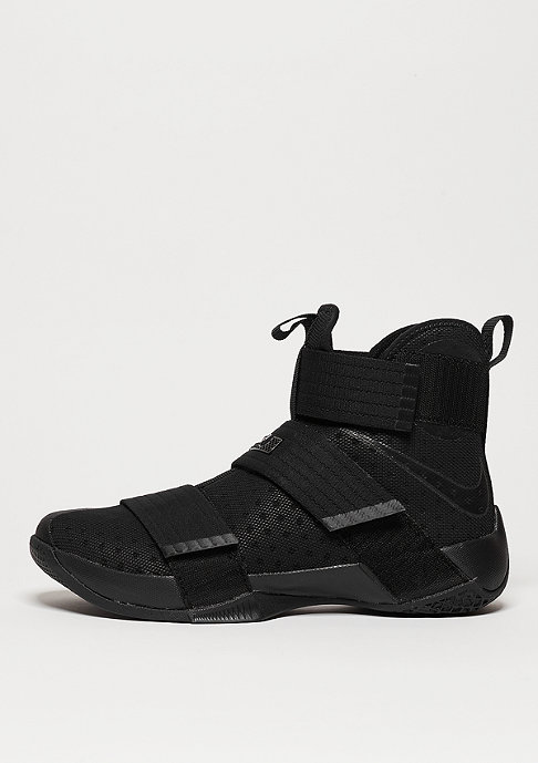 NIKE Lebron Soldier 10 black/black