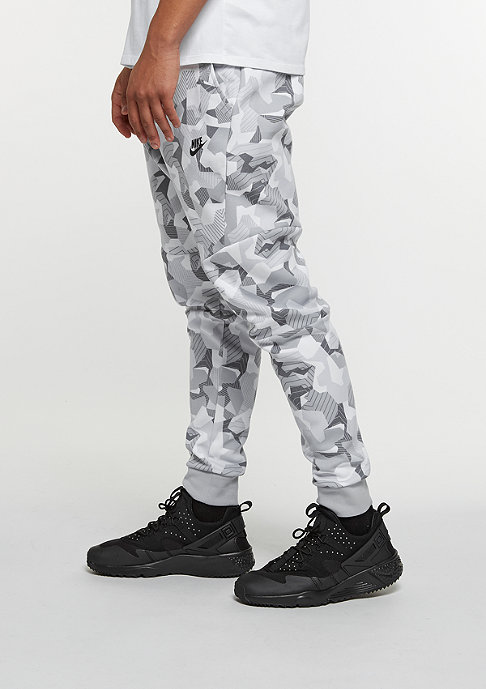 NIKE Tech Fleece Jogger white/wolf grey/black