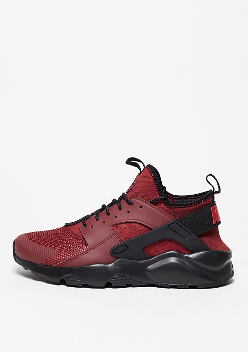 NIKE Laufschuh Air Huarache Run Ultra team red/gym red/gym red