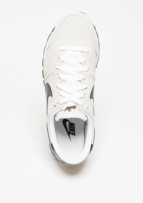 NIKE Air Pegasus 83 white/black/summit white