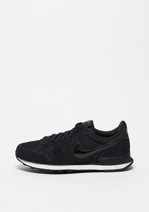 NIKE Internationalist Premium black/black/dark grey