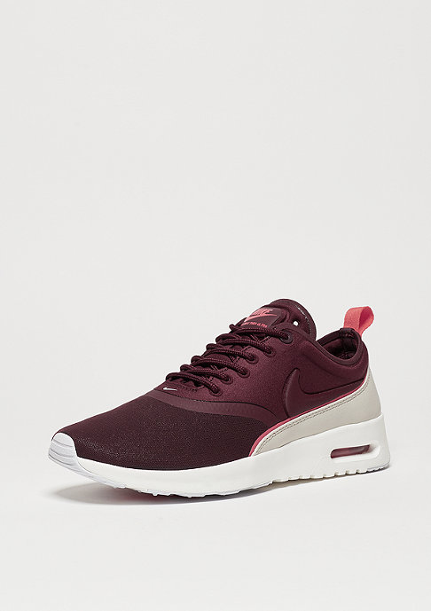 NIKE Air Max Thea Ultra night maroon/night maroon