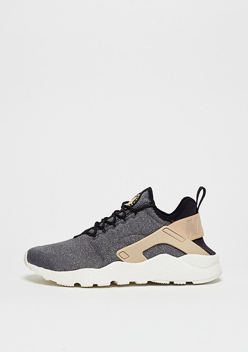 NIKE Laufschuh Wmns Air Huarache Run Ultra SE black/black/vachetta tan/white