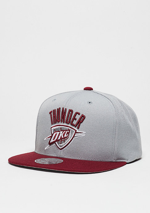 Mitchell & Ness Snapback-Cap Current Throwback NBA Oklahoma City Thunder grey/burgundy
