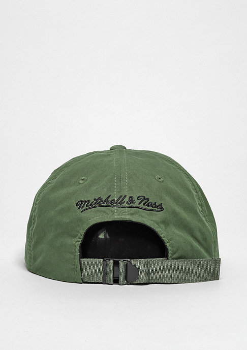 Mitchell & Ness Strapback-Cap Outdoor Low Pro olive