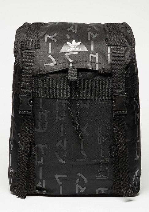 adidas Adventure black
