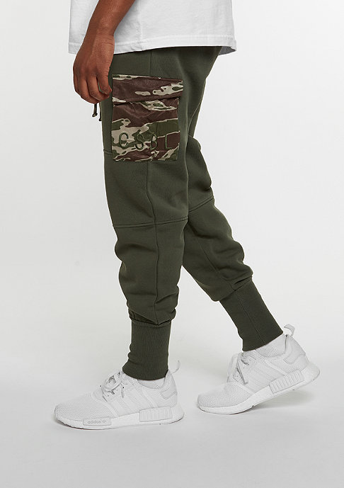 Cayler & Sons C&S Pants CSBL Section Cargo Sweatpants olive/tiger camo