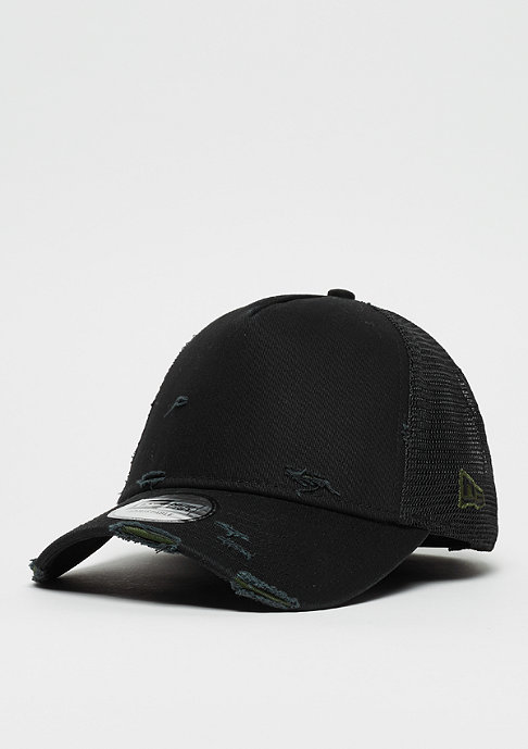 9Forty Distressed Trucker black