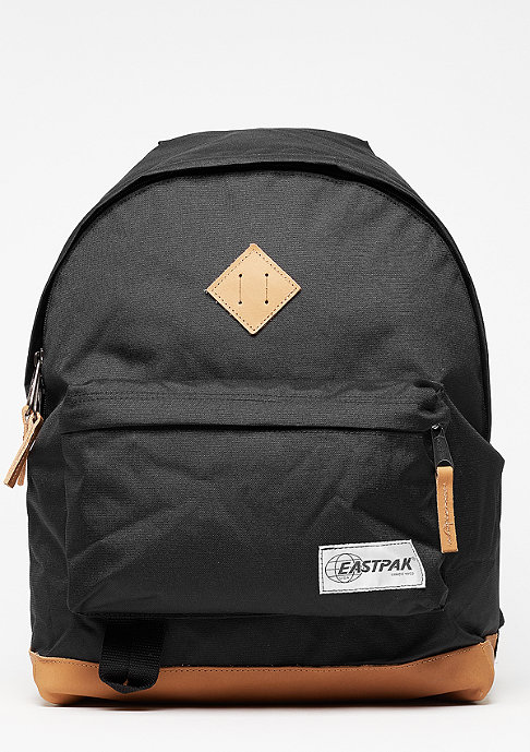 Eastpak Rucksack Wyoming into black