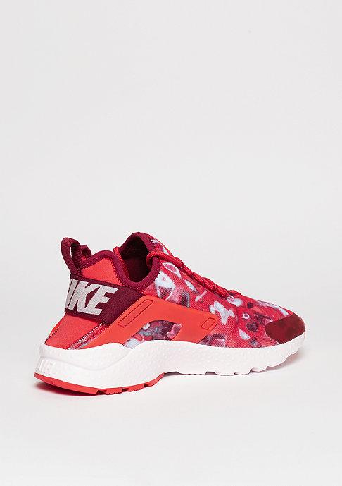 NIKE Laufschuh Wmns Air Huarache Run Ultra Print light crimson/noble red/pink