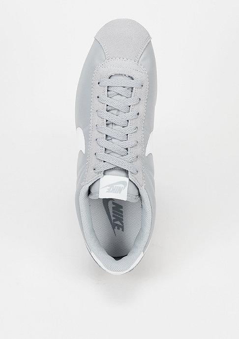 NIKE Laufschuh Classic Cortez Nylon wolf grey/white