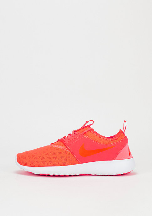 NIKE Laufschuh Wmns Juvenate total crimson/black/white