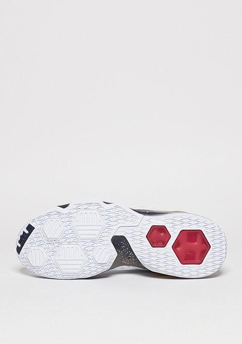 NIKE Basketballschuh LeBron XIII Low white/university red/obsidian