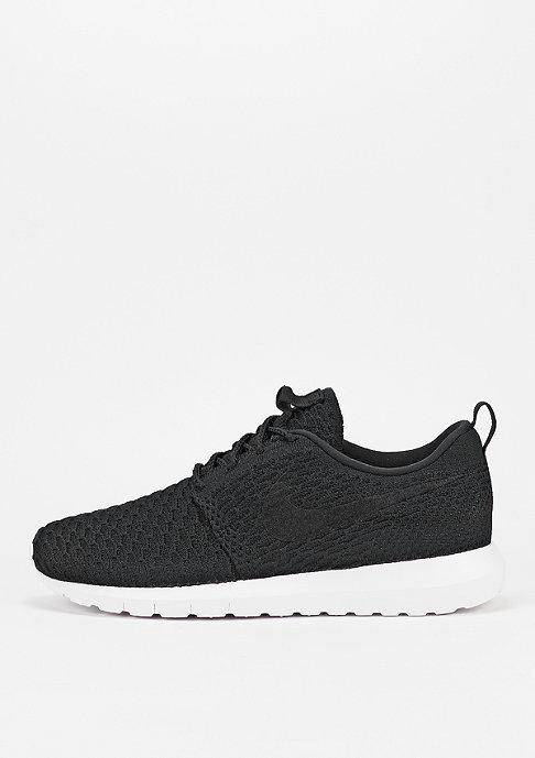 NIKE Laufschuh Roshe NM Flyknit black/black/white