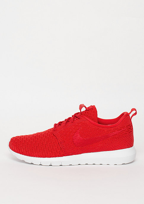 NIKE Laufschuh Roshe NM Flyknit university red/university red/white