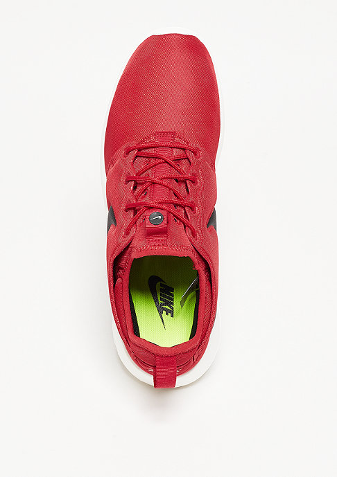 NIKE Laufschuh Roshe Two gym red/black/sail