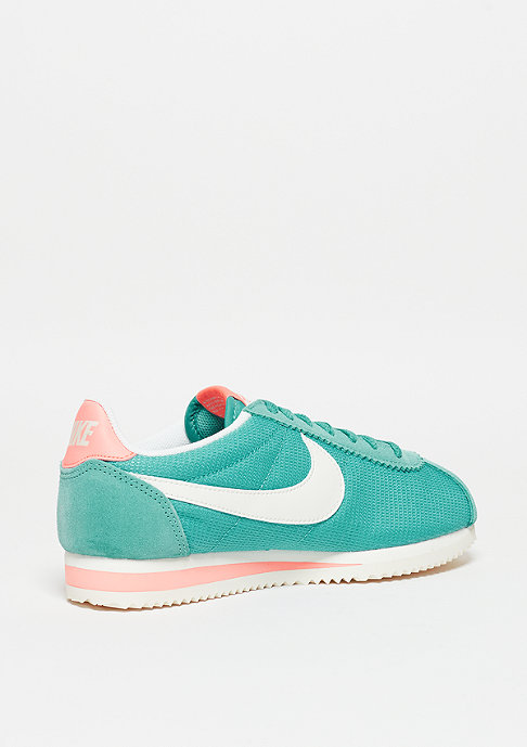 NIKE Laufschuh Wmns Classic Cortez washed teal/sail/atomic pink