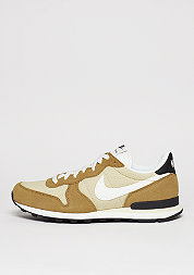 Internationalist vegas gold/sail/rocky tan