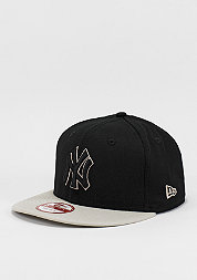 Contrast Seasonal Snap MLB New York Yankees black/stone