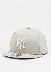 Snapback-Cap League Essential 9Fifty MLB New York Yankees stone/white